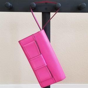 kate spade Bags - Kate Spade Clutch Wristlet